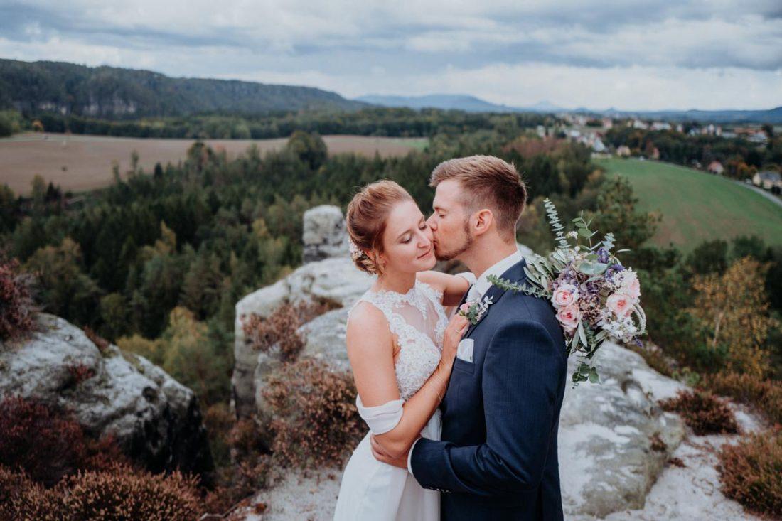L2110886 1100x733 - Hochzeit auf Schloss Albrechtsberg mit Ausflug in die sächsische Schweiz